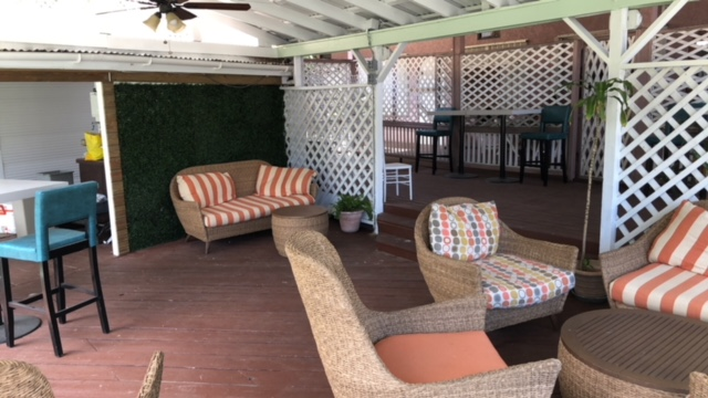 1 outdoor lounge wide